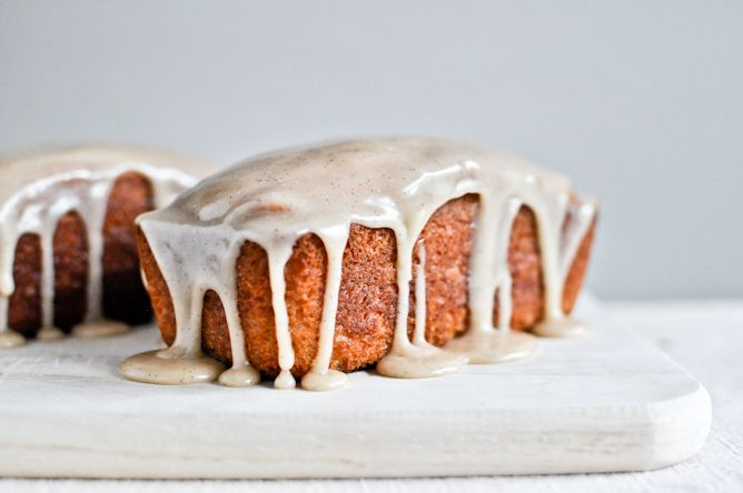 Mini Brown Butter Vanilla Bean Pound Cakes