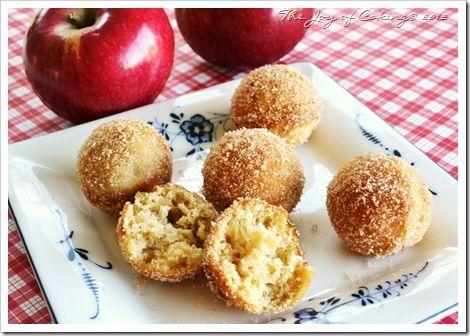 Maple Apple Doughnut Holes | For the Love of Doughnuts | Pinterest