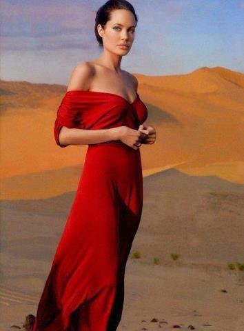 Angelina Jolie - Photo by Annie Leibovitz - @~ Mlle
