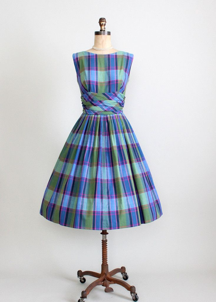 1950's Plaid Preppy Sundress. I love plaid!