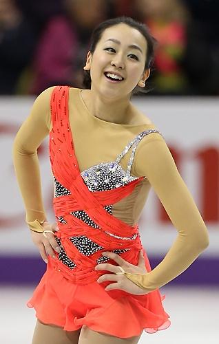 フィギュアスケート世界選手権の女子ショートプログラムで演技する浅田 フィギュアスケート世界選手権