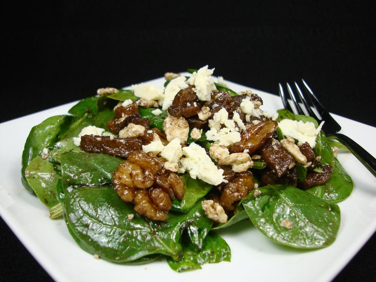 Pear,Walnut and Gorgonzola Spinach Salad | Savour: Recipes from 1227 ...