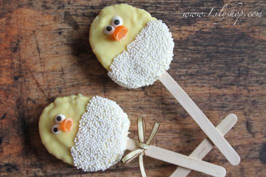 Easter Egg Rice Krispie Pops' from the Lilyshop Blog