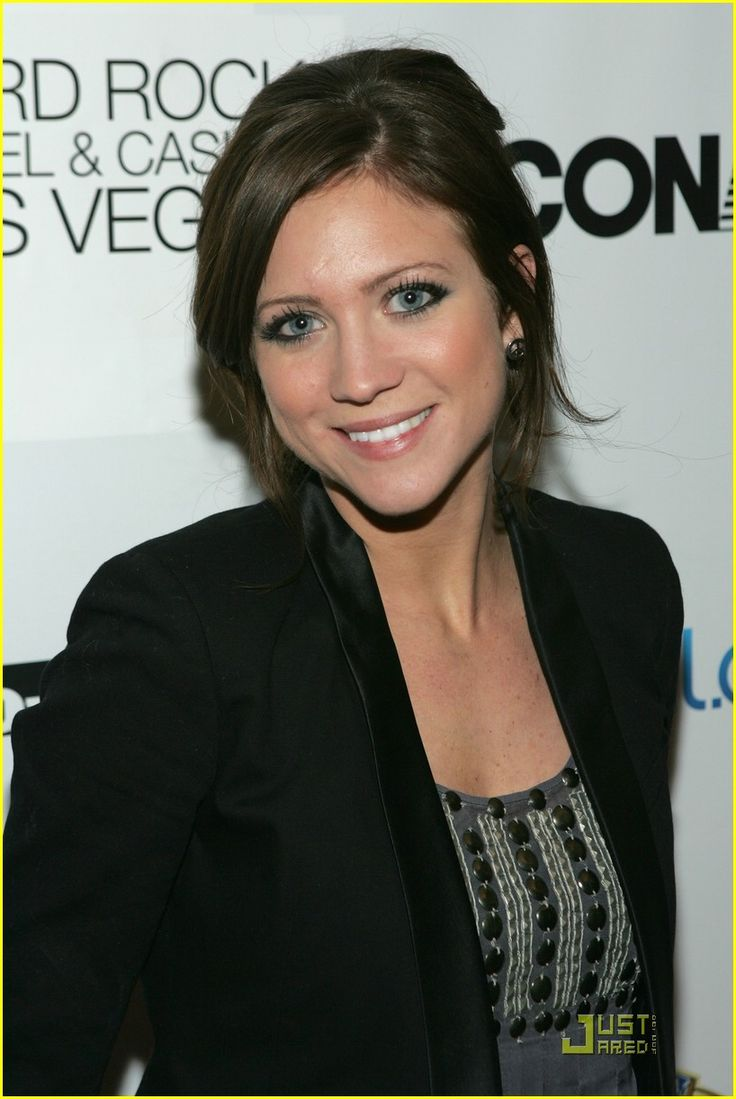 brittany snow vicious kind 02