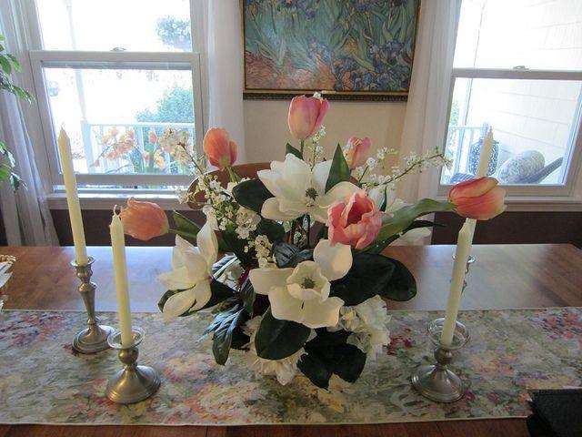 dining room table flower arrangement let s decorate