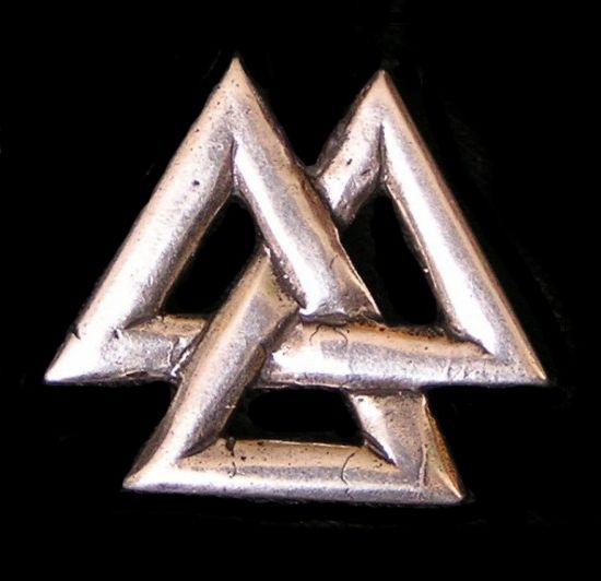 A valknut, symbol of the Nine Noble Virtues.   wire viking ...