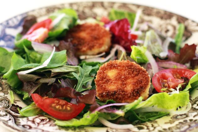 Fried Goat Cheese Medallions for a Salad | Recipe