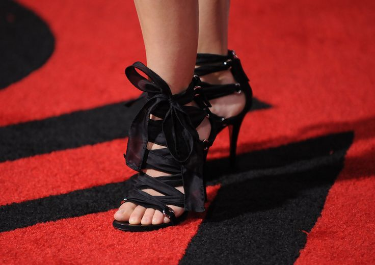 Keri Russell's jaw-dropping shoes | Make-up, Nails, Accessories | Pin ... Keri Russell