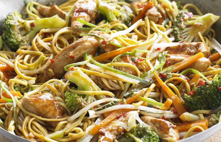 Chow Mein Noodles | Asian recipes | Pinterest