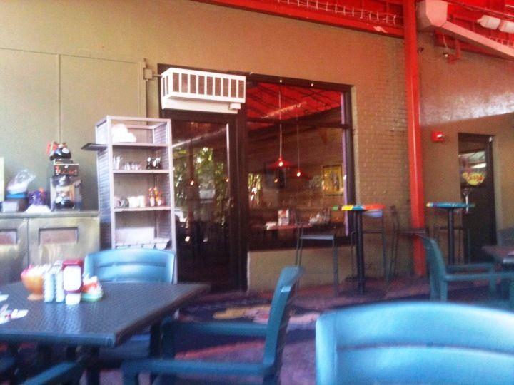 Kelly 39 S Restaurant In Downtown Dunedin Dunedin Florida