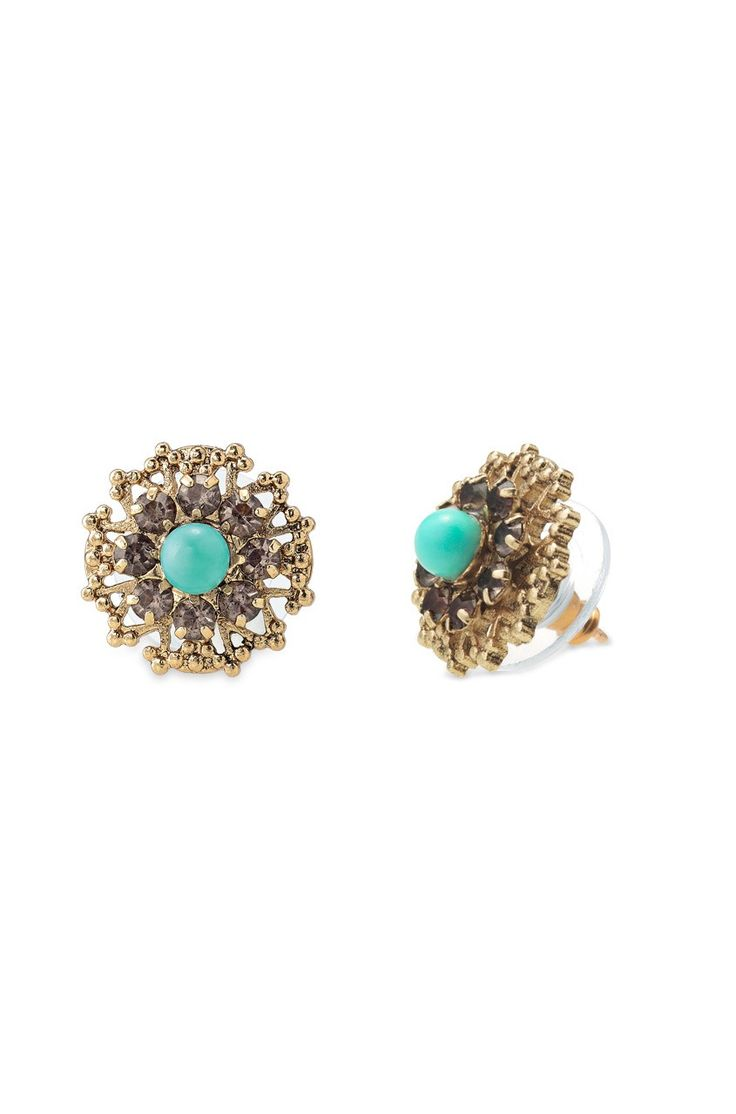 Stella & Dot Marchesa Studs earrings. Www.stelladot.com/abbythompson