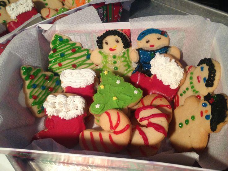 decorated sugar cookies | christmas cookies | Pinterest