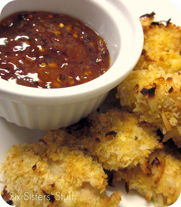 Baked Crispy Coconut Chicken with Sweet & Spicy Apricot Sauce (sounds hard, but it's so easy to make!). SixSistersStuff.com #chicken #recipe