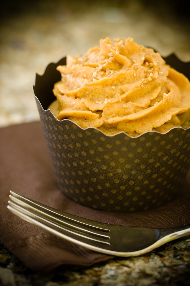 Apple Cobbler Cupcakes with Pumpkin Pie Frosting ~ Cupcake Project