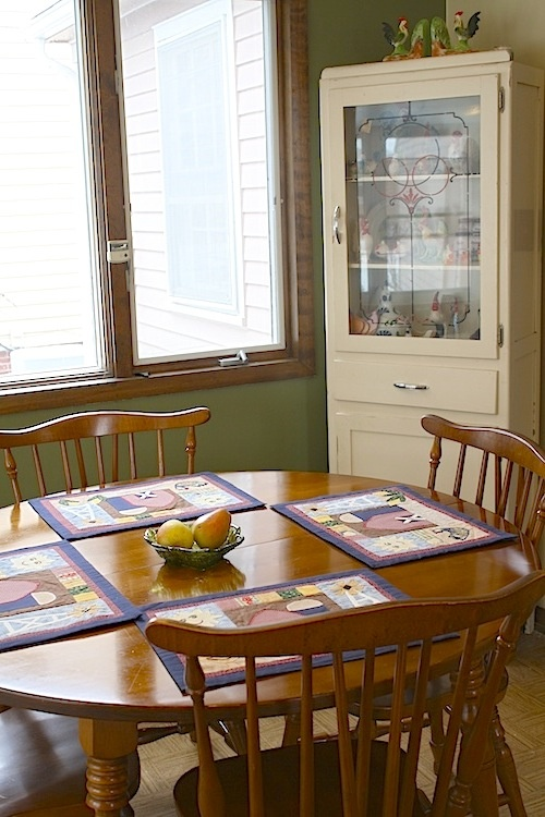 1960s maple kitchen table and chairs set colonial style