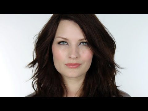 dark hair fair skin blue eyes style pinterest