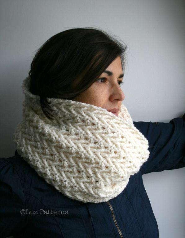 Crochet Cowl : Crochet pattern, lace cowl pattern (118) Craft Ideas Pinterest