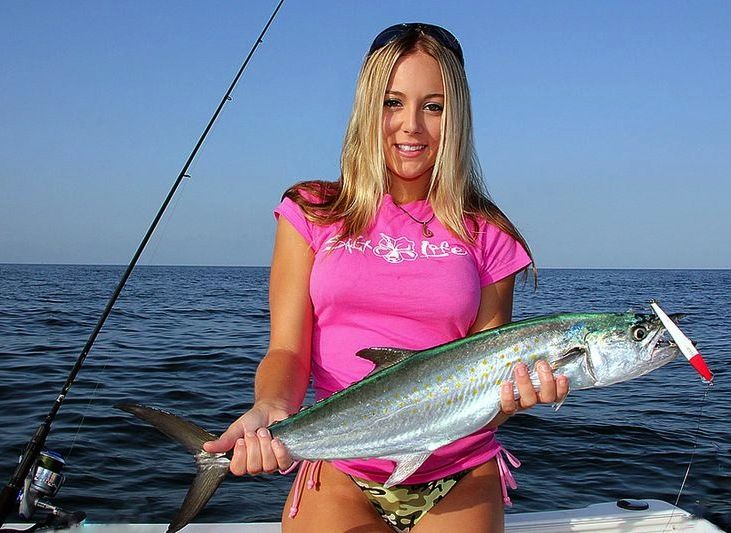 Reel sexy fishin wow beautiful girl