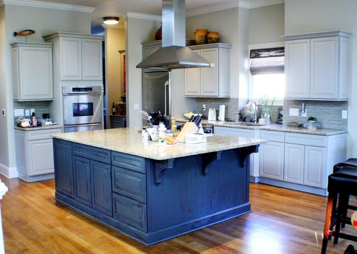 Kitchen island  I love the blue!