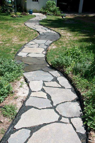 creating a flagstone pathway diy pinterest
