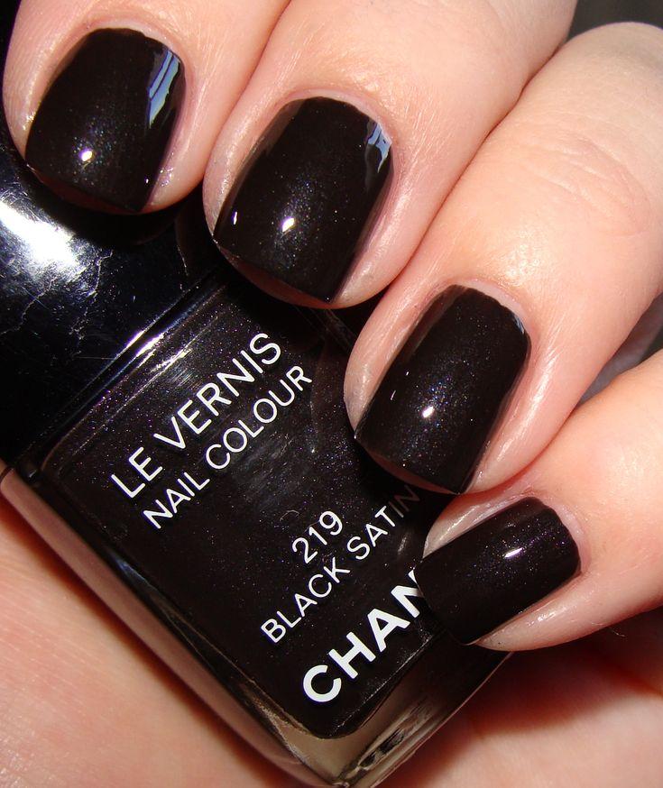 Chanel Le Vernis Black Satin Nail Polish