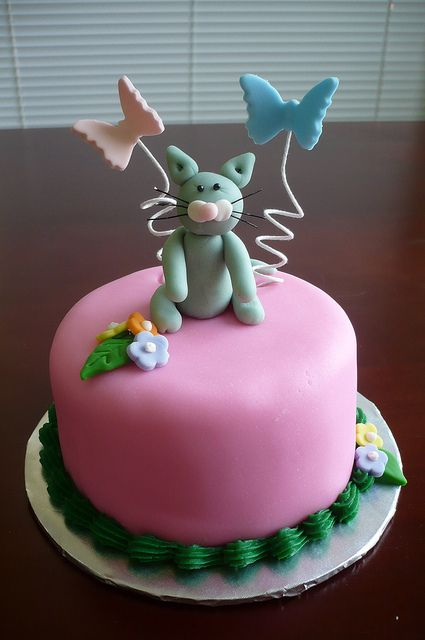 Itty Bitty Kitty Cake by Liz's Cakes, | Food ArT~~MasterPieces ~~Too ...
