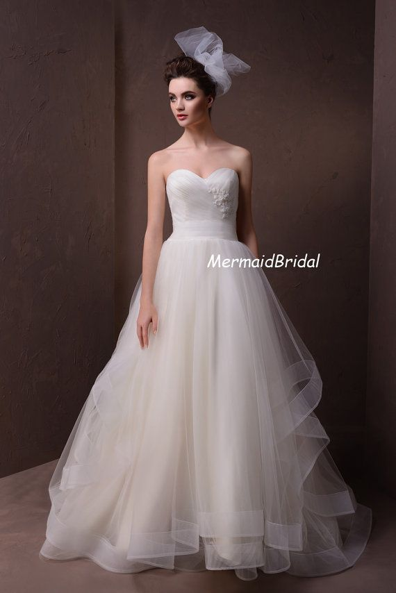 Layered Tulle Wedding Dresses : Made tulle layered a line wedding dresses gowns with s