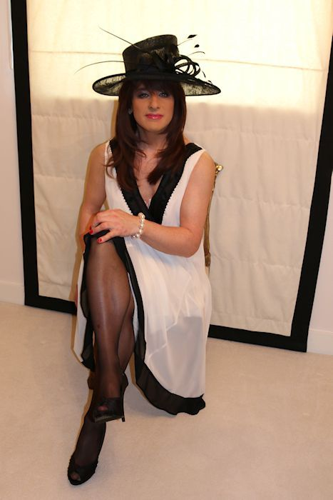 Dressing services for transvestites in ireland