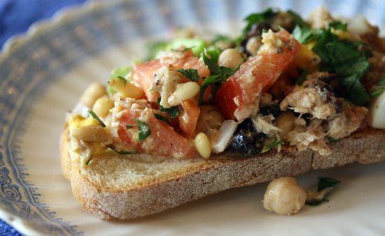 tuna tartine - This recipe for Tuna Tartine is a little like a salad ...