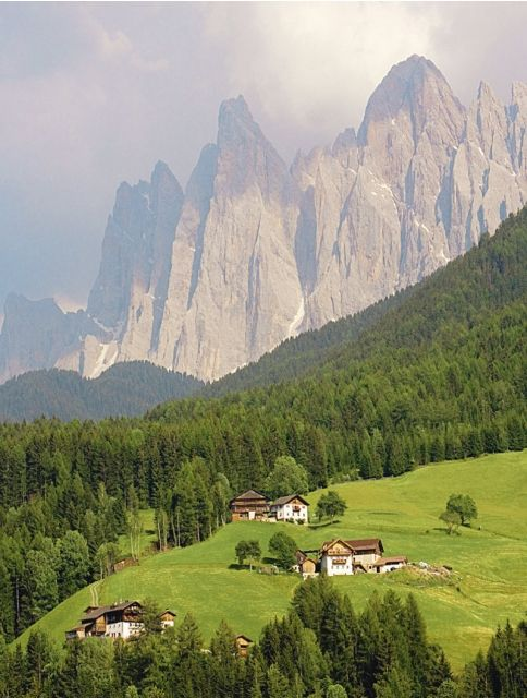 Val di funes dolomites italy for Where are the dolomites located in italy