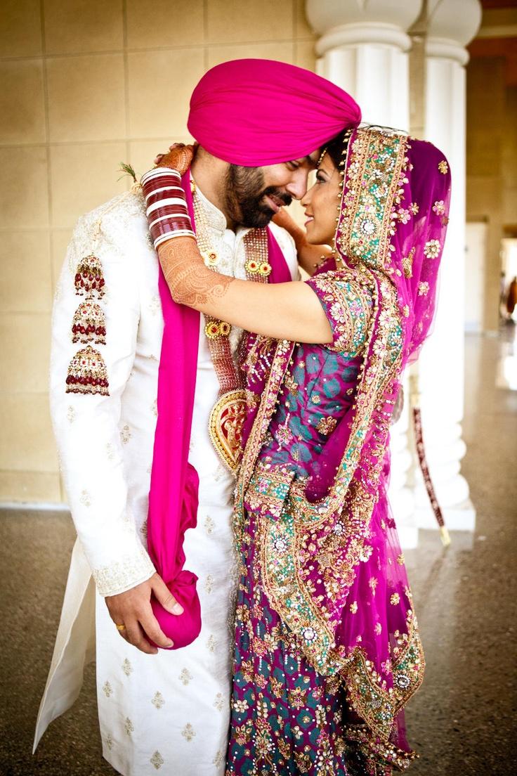 Punjabi couple with pillar idols statues for Punjabi wedding dresses online