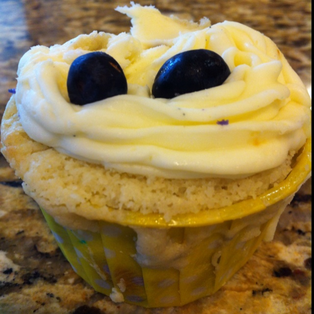 Ricotta blueberry cupcake with lemon buttercream