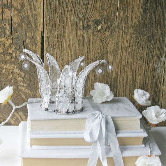 ... www.etsy.com/listing/122237760/wire-and-lace-shabby-crown-home-decor