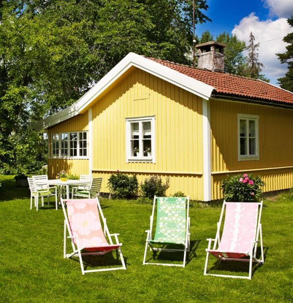 Houzz exterior paint colors joy studio design gallery for Exterior yellow paint