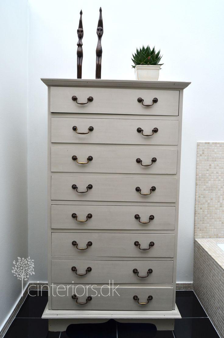 chalk paint french linen bureaus chest of drawers pinterest. Black Bedroom Furniture Sets. Home Design Ideas