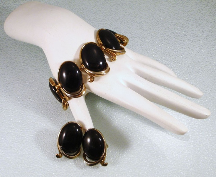 Vintage Crown Trifari Bolero 1950s Bracelet and Earrings with Black Cabochons