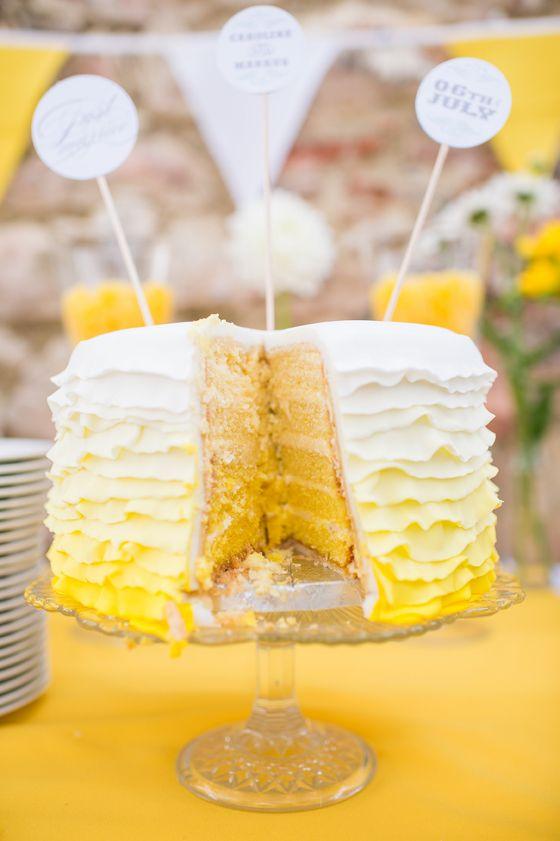Ombre-Hochzeitstorte von suess-und-salzig in Gelb und Weiß