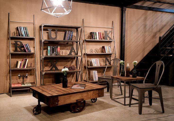 VINTAGE FURNITUREVintage Rustic Furniture