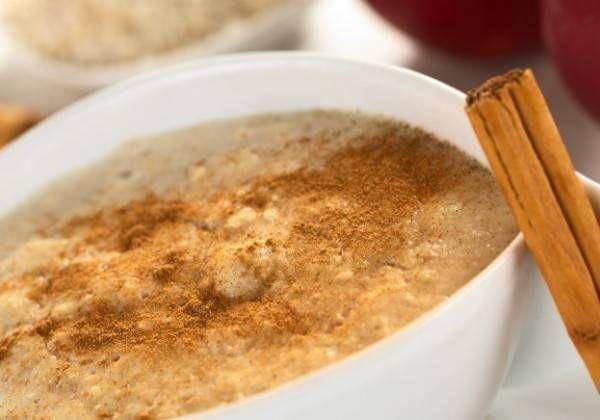 Breakfast Recipe: Pumpkin Pie Oatmeal #vegan #recipes #breakfast