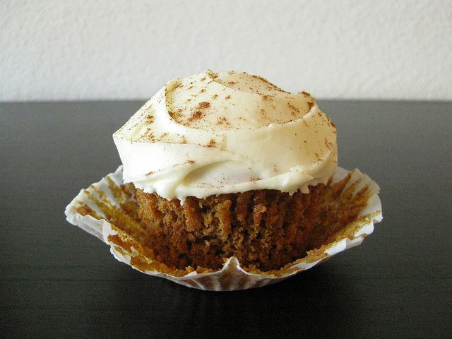 ... -free pumpkin spice cupcakes with white chocolate-sour cream frosting