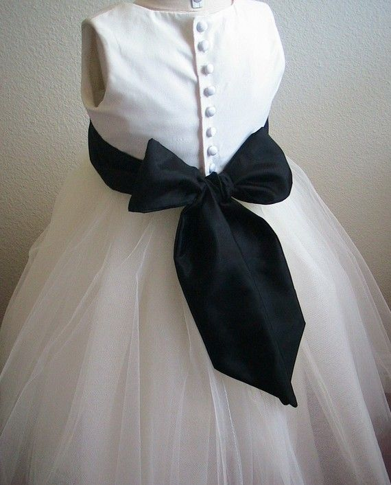 Flower Girl Dresses Ivory And Black 36