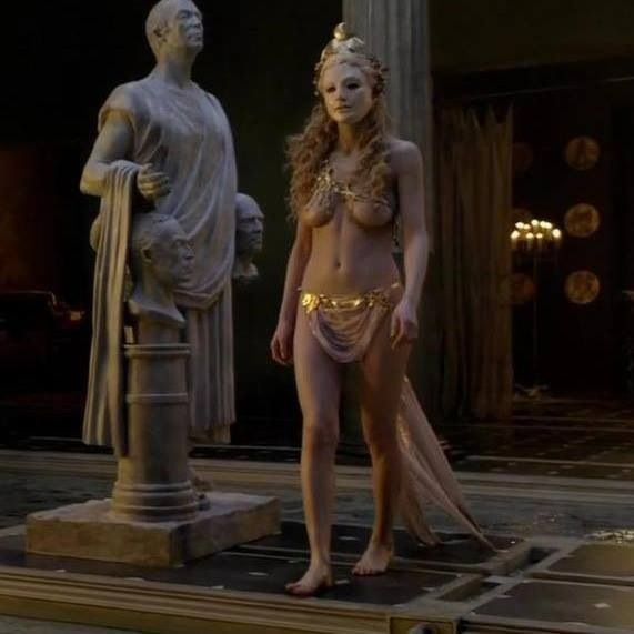 228 best The Costumes of Spartacus images on Pinterest ...