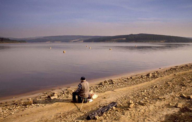 Fishing on lake shore fishing pinterest for Take me fishing lake locator