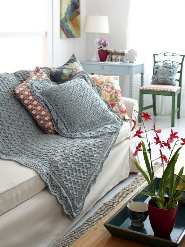 Find here our best free patterns. We have a mix of