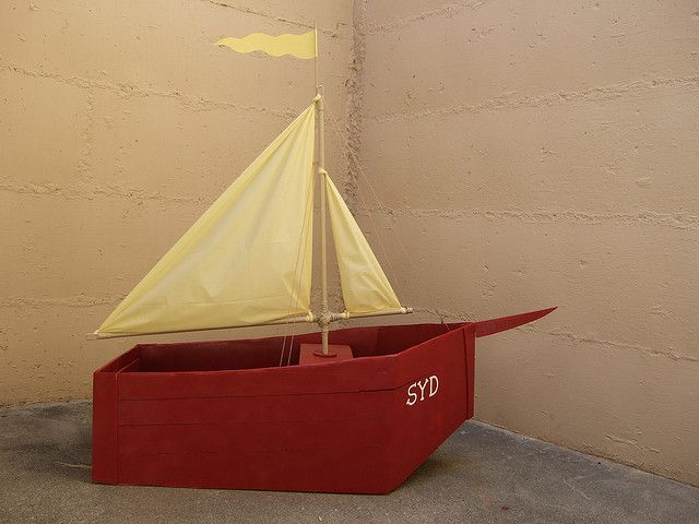 how to make a sailboat out of cardboard