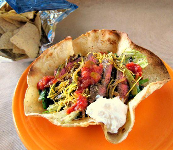 Steak Taco Salad | PheNOMenal Phoods | Pinterest