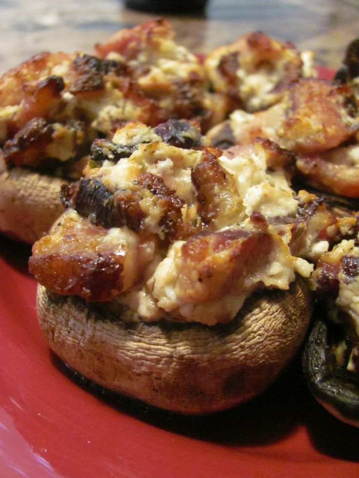 Bacon and goat cheese stuffed mushrooms | Superbowl Appetizer Candida ...