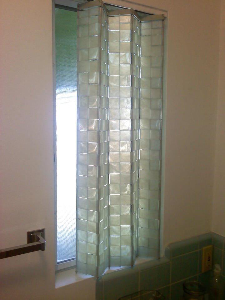 Unusual plastic window shades in 1961 midcentury modern for Bathroom window styles