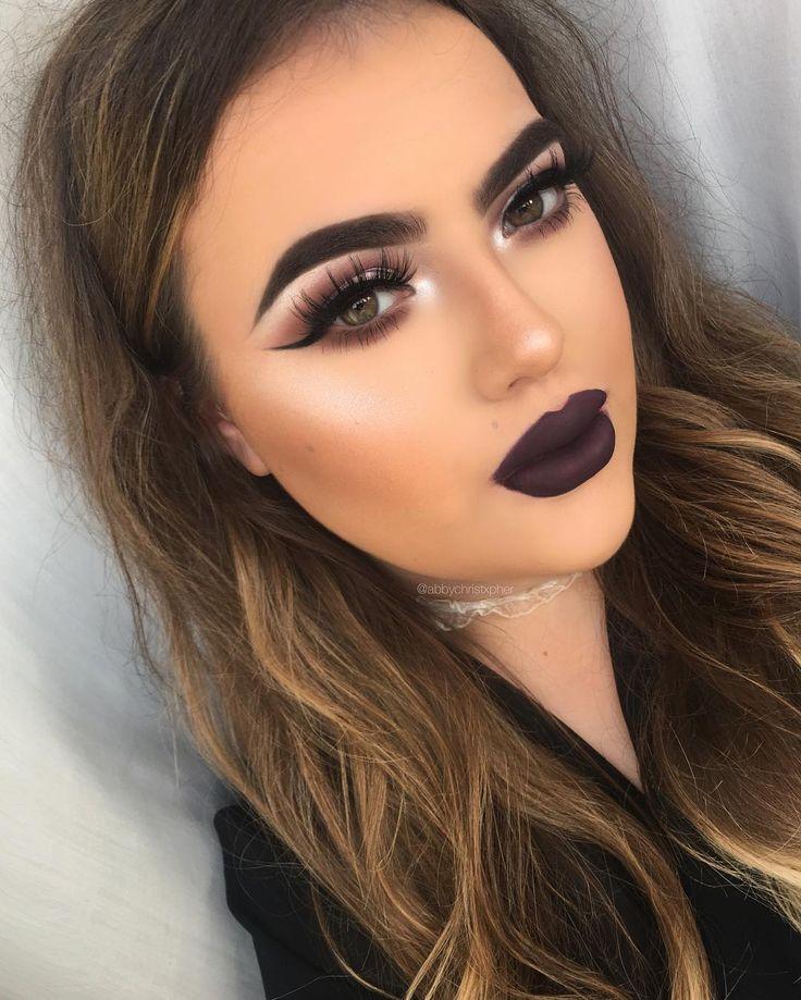 Dark makeup looks
