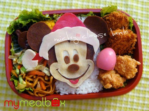 mickey christmas bento! | Bento bako (lunchbox) | Pinterest